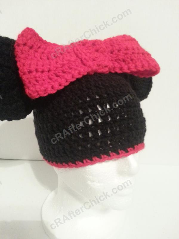 Minnie Mouse Oversized Ears And Bow Beanie Hat Crochet Pattern