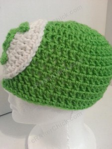Green Lantern Superhero Logo Beanie Hat Crochet Pattern Left Profile View