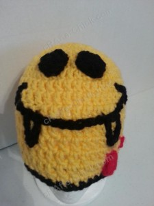 Vampire Fanged Smiley Face Character Beanie Hat Crochet Pattern View from in Front down