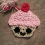 Happy Cupcake Applique Crochet Pattern