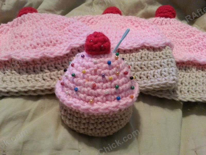 Sweet Oversized Cupcake Pincushion Crochet Pattern Crafterchick