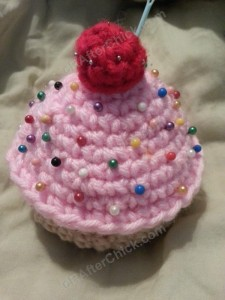 Sweet Oversized Cupcake Pincushion Crochet Pattern (4)