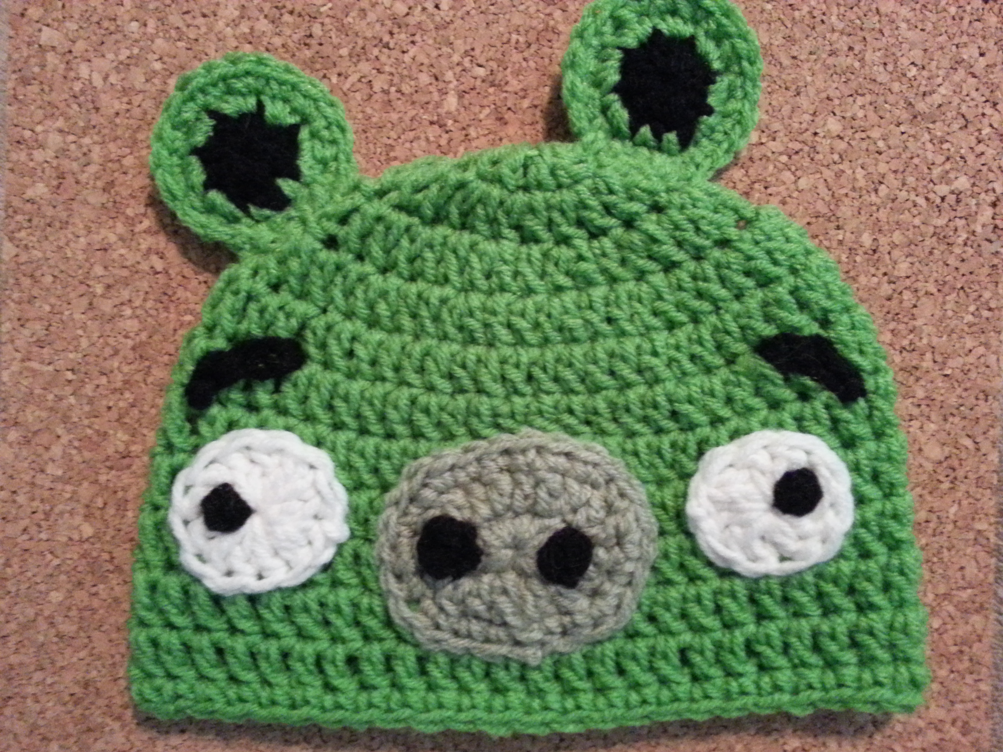 91f8467f476 Angry Birds  Minion Green Pig Character Hat Crochet Pattern ...