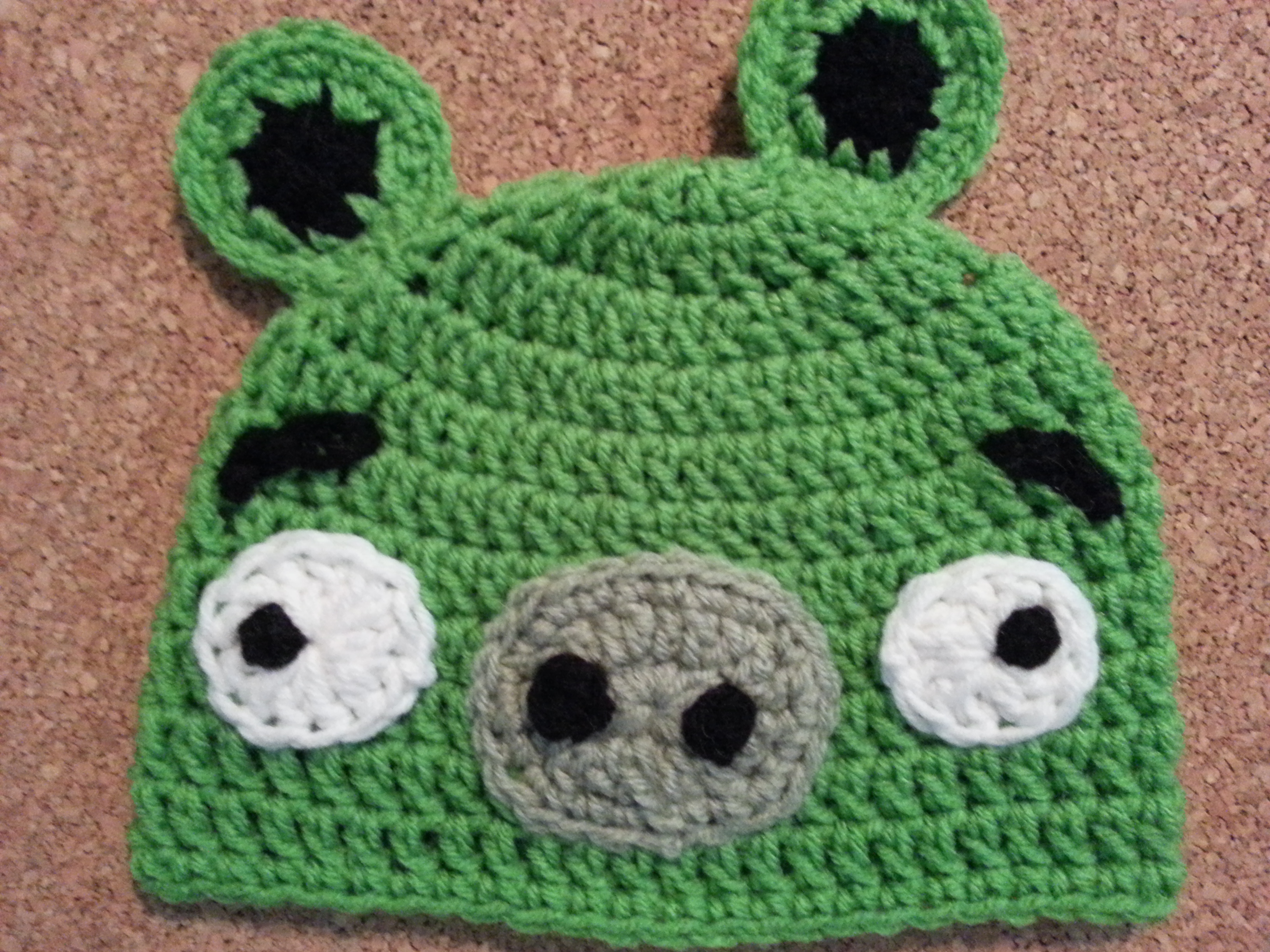 Angry Birds\' Minion Green Pig Character Hat Crochet Pattern ...